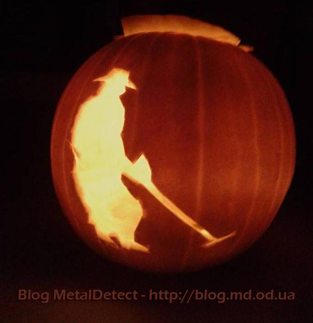 tykva-kladoiskatelja-na-helloween-foto