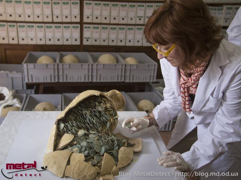 klad-iz-600-kilogramm-rimskih-monet-3
