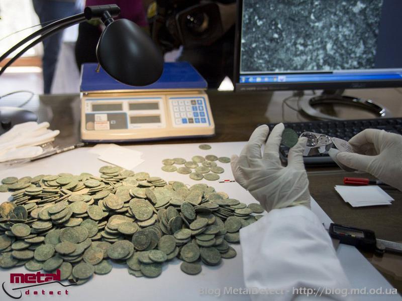klad-iz-600-kilogramm-rimskih-monet-6